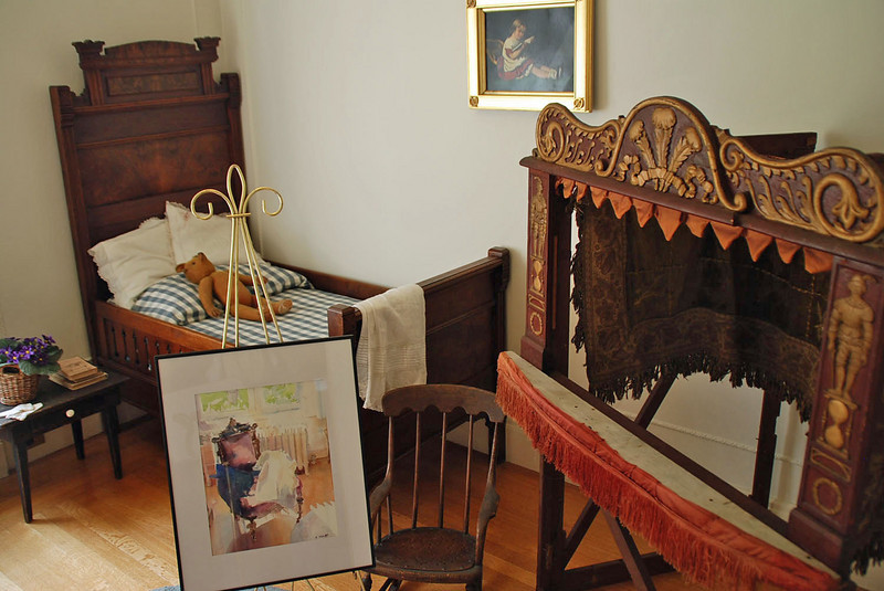 The child's room in the Pittock Mansion includes a puppet theater.