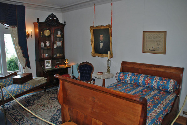 A bedroom in the Pittock Mansion.