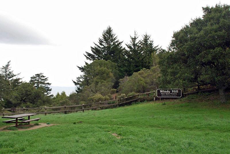 Countryside near the Thomas Fogarty Winery.
