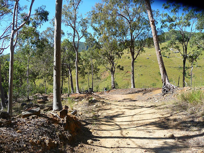 Rugged fire trail from the car park towards the National Park entrance.