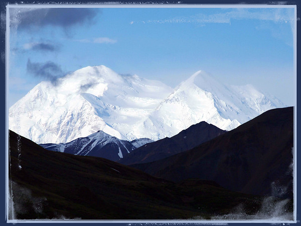 You don't get many opportunities to view Mt Mckinley in Denali, but we had a great day on our tundra tour Pentax K7 with 55-300mm @ 230mm f8 1/2000 edit
