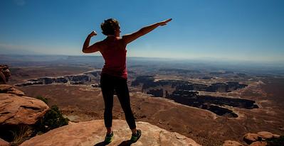 Anisa close to the edge at Canyonlands.