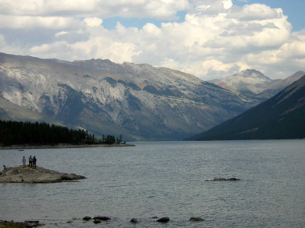 Banff National Park, Alberta, Canada. Image Copyright 2003 by DJB.  All Rights Reserved.