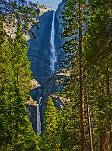 Yosemite_Waterfalls-3
