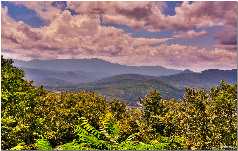 Aug 15<br /> peaks and clouds<br /> <br /> How glorious a greeting the sun gives the mountains!- John Muir.