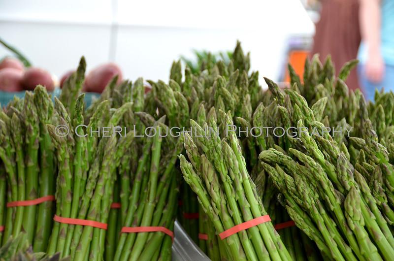 Omaha Farmer's Market - Asparagus