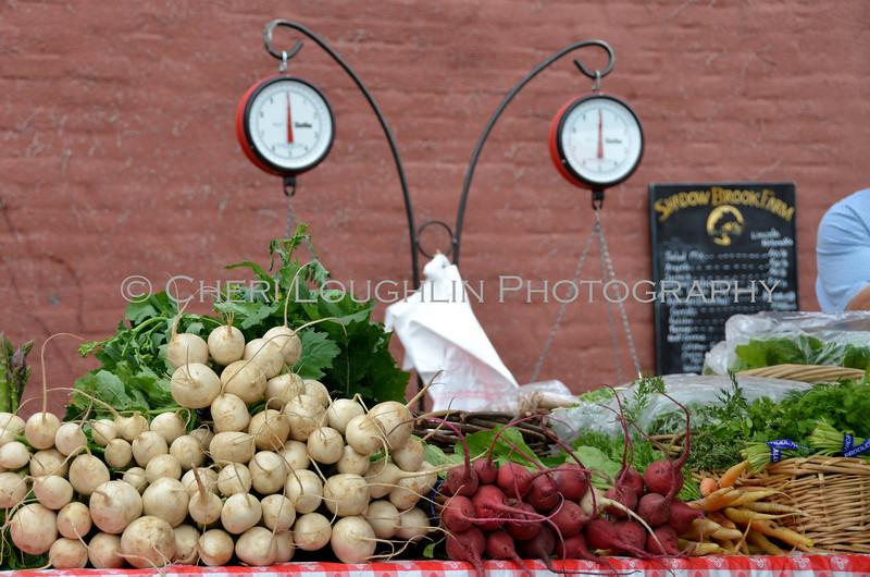 Omaha Farmer's Market - Turnips & Carrots