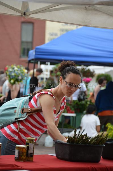 Omaha Farmer's Market - Female Consumer