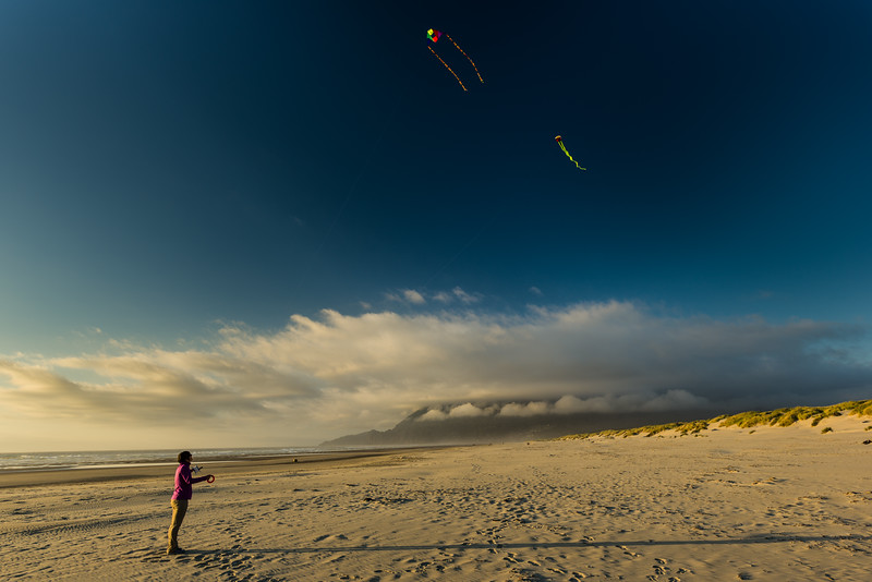 More scenic kite-flying