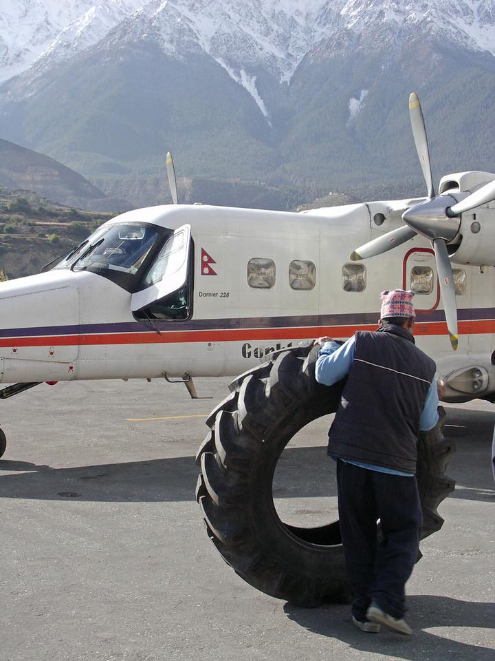 Jomsom airport. Annapurna Circuit