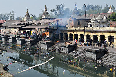 Cremations on the Pashupati River 1 (c) 2012 Karin Markert, kmarkert88@gmail.com, all rights reserved.