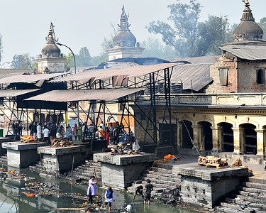 Cremations on the Pashupati River 2 (c) 2012 Karin Markert, kmarkert88@gmail.com, all rights reserved.