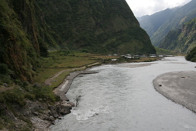 The wider section of the Marsyangdi just north of Tal