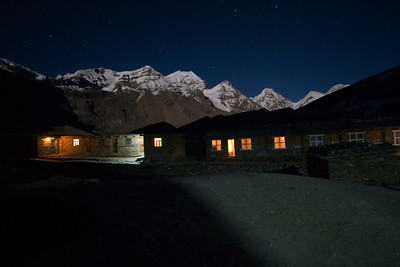 Mountain towering above the High Camp Hotel