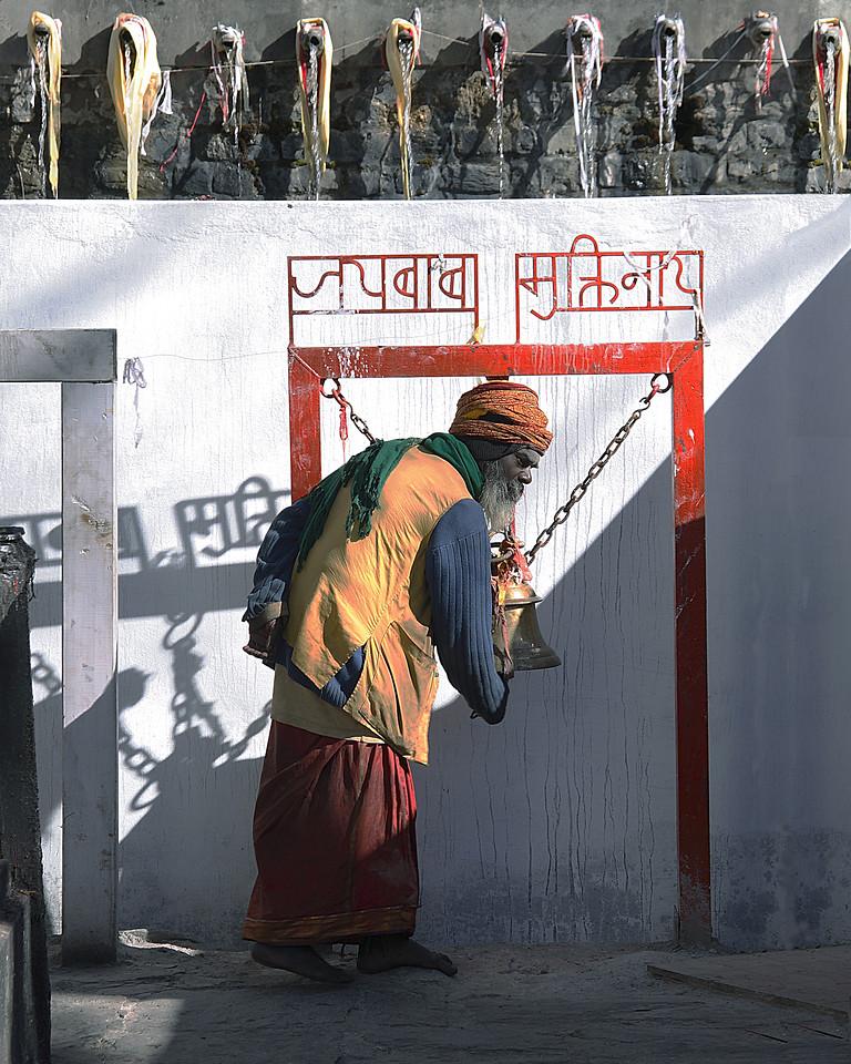 Hindu Temple ringing bell18