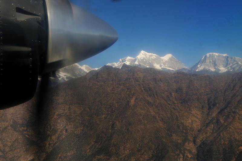 Approaching the last ridge before descending into Lukla.