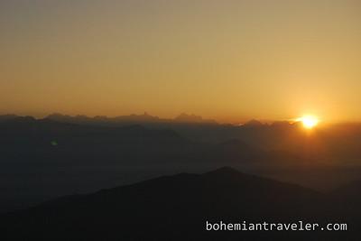 sunrise from Chisapani.