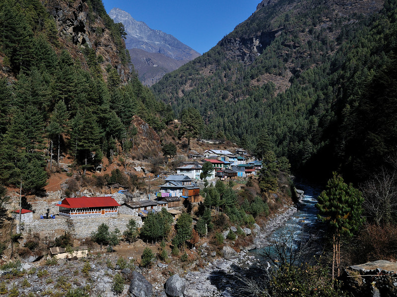 Sherpa village beside the Dudh Kosi.