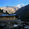Morning on the trail to Namche Bazaar.