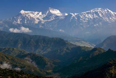 Annapurna IV & II, and Lamjung Himal (?)