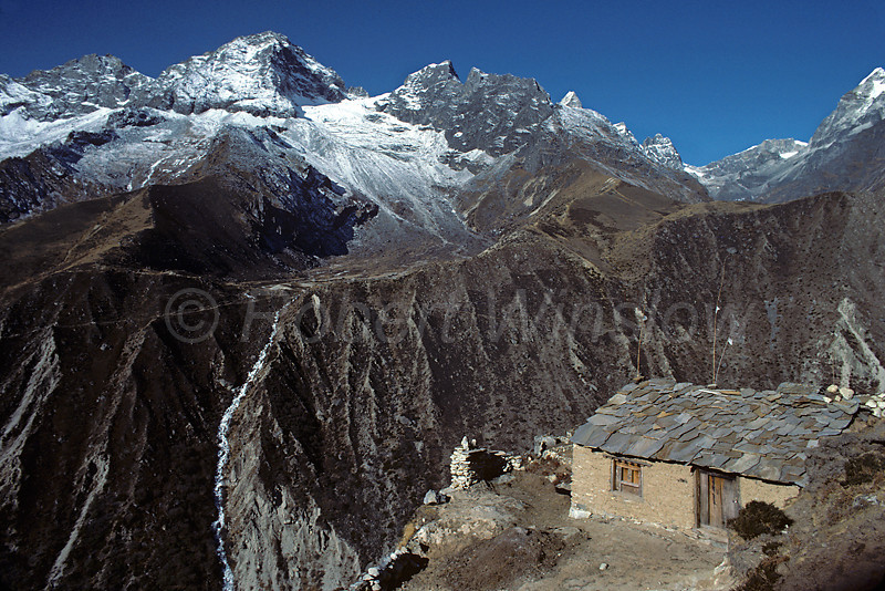 Himalayan Mountains, Sherpa's Hut, Dragnag, Nepal, Asia