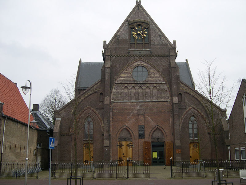 Church across the street from Sneek's only 'Coffee Shop'