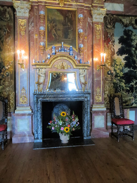 I am including a few photos of the palace interior, against my better judgment for the reasons I've mentioned before--poor conditions for photography, at least for my little camera.  Still it gives you an idea of how the royal family lived.  Pretty fancy for a summer residence...