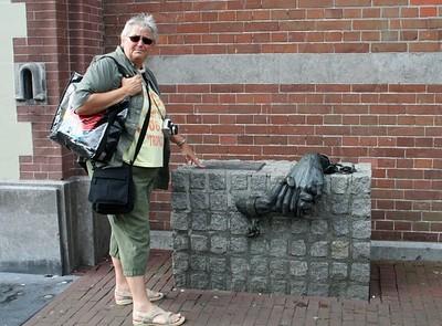 Liesbeth beside the Hoorn World War 2  memorial.