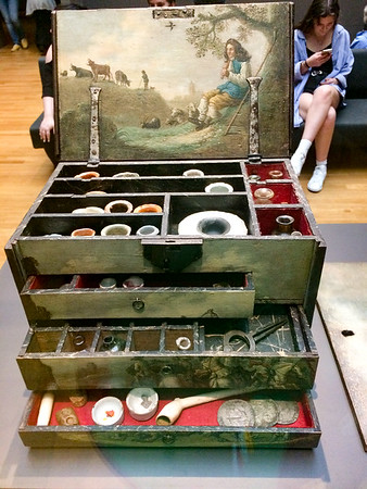 17th/18th century painters box. Probably more for looks than utility.