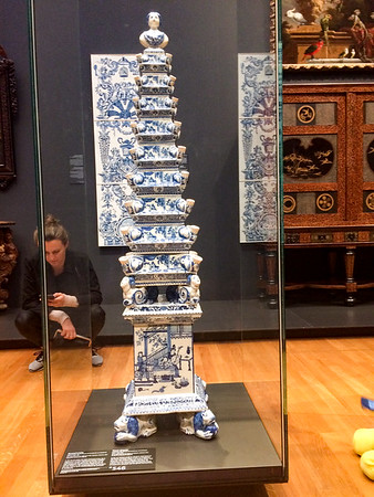 Flower pyramid, Delft, 1692-1700.