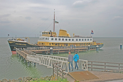 People boarding the Friesland for the return journey to Enkhuizen.