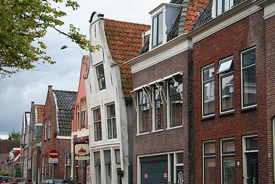 Leaning building in Hoorn - this was not the only one.