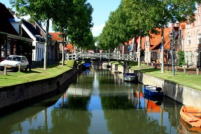 Another street, another canal - sorry but I was in awe !!!!