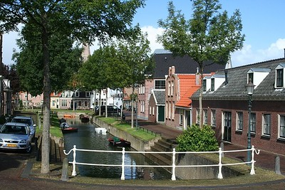 Narrow street in Medemblik - isn't it beautiful?