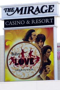 14 03 28 Vegas Strip-002