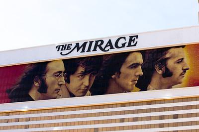 14 03 28 Vegas Strip-003