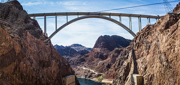 The Mike O'Callagham – Pat Tillman Memorial Bridge