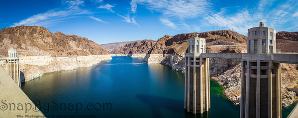 Panorama image Looking into Lake Meade from the Hoover dam