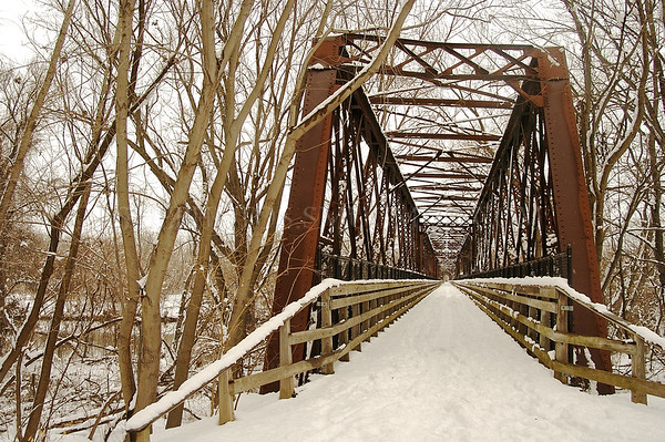 North America, USA, Massachusetts, Northampton.  The Norwottuck Rail Trail Bridge.
