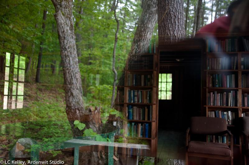 WoodsLibrary