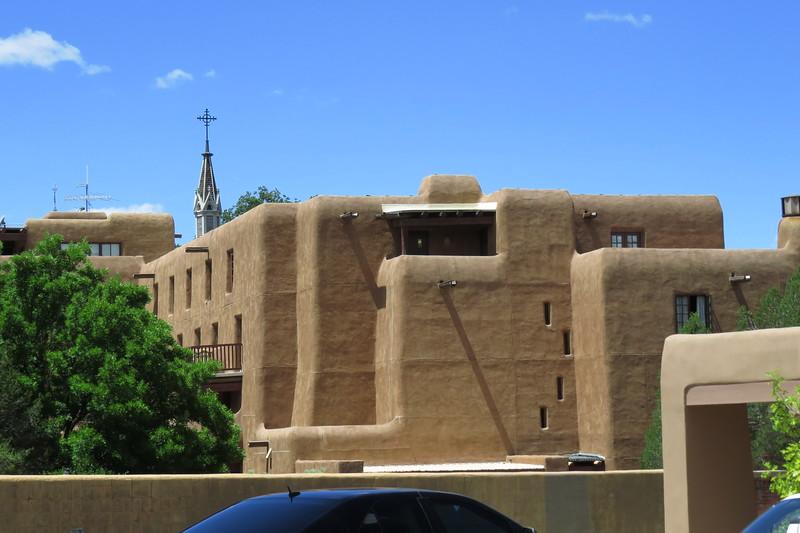 Nouveaux pueblos at Santa Fe