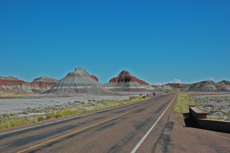 Road to the Petrified Forest