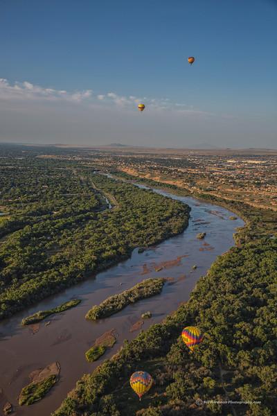 Balloons over Rio Grande