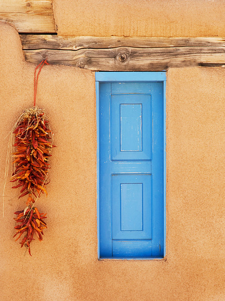 Red Chilis, Blue Window