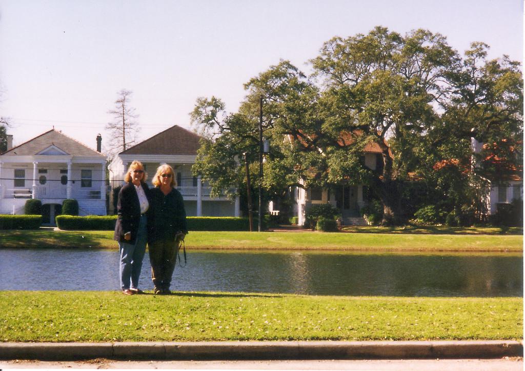 NOLA-Lori & Sharon 2