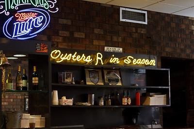 Oysters R in Season, Felix's