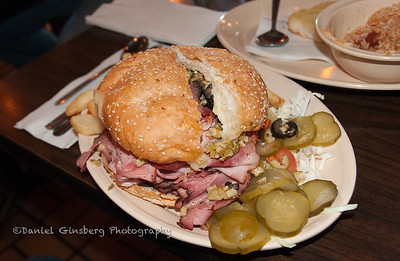 Muffalleta sandwich