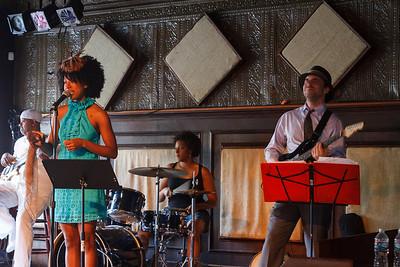 Mykia Jovan at the Balcony Music Club