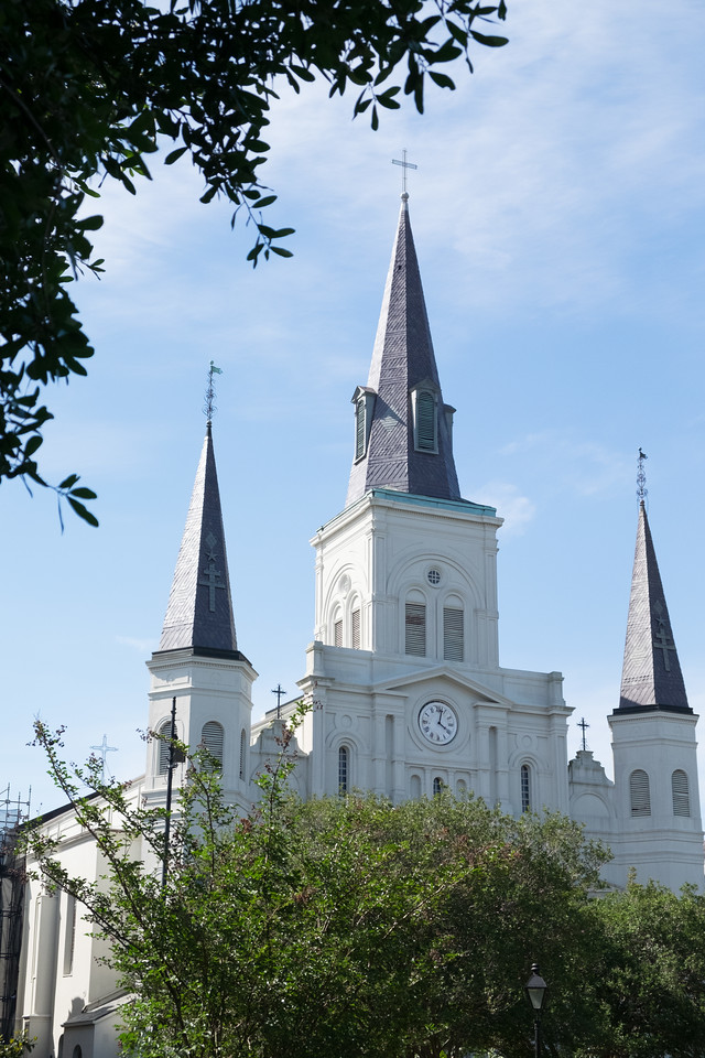 St Louis Cathedral behind Jackson Square