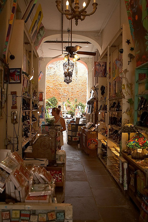 This is an interesting art shop in the French Quarter. The back of the shop opens into a courtyard where additional art is displayed. They must hustle when ever it starts raining!